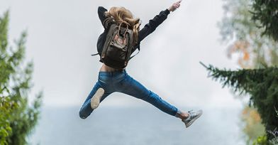 5a2210f8-backpack-blonde-hair-blur-214574_0aw0790aw05o00000s028